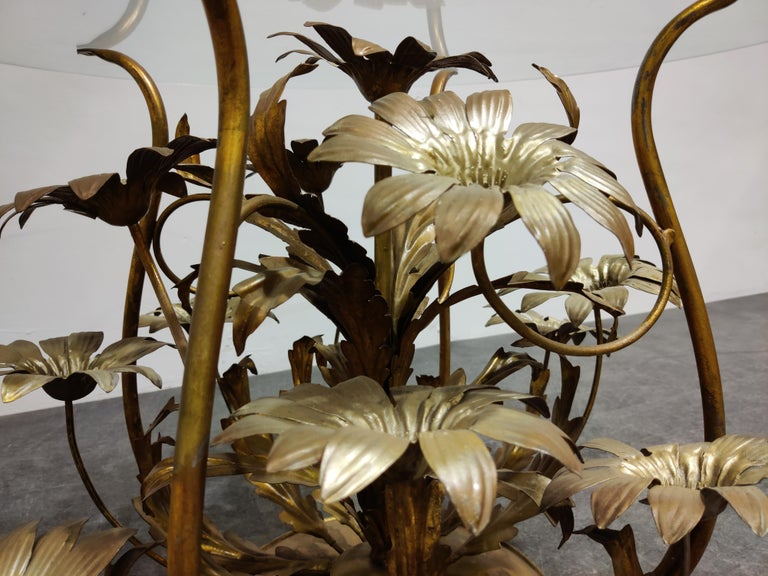 Vintage Flower Coffee Table, Italy, 1960s For Sale 1