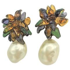 Vintage Flower Earclips Pate de Verre with huge Pearl 2CC3 1984s Maison Gripoix