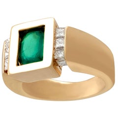 French 1.29 Carat Emerald and Diamond Yellow Gold Ring