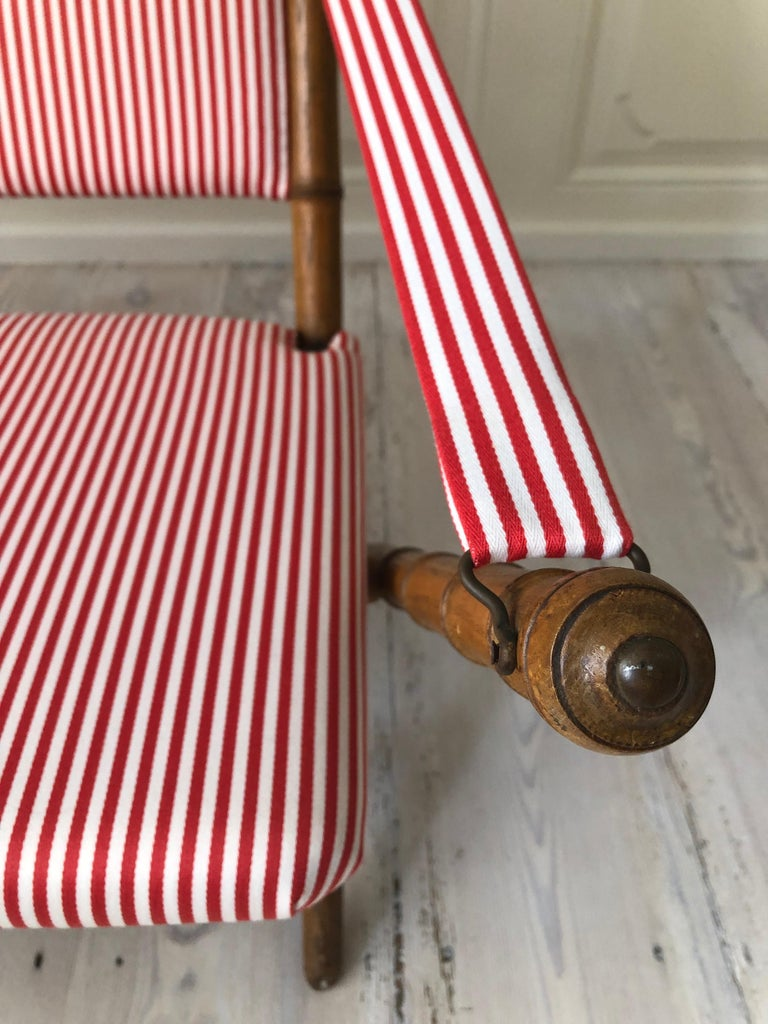 Mid-20th Century Vintage French 1950s Foldable Sofa in Faux Bamboo and Red/White Striped Textile For Sale