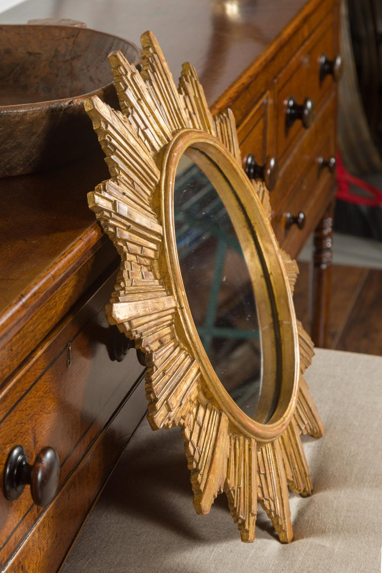 Vintage French 1970s Gilt Composition Sunburst Mirror with Rays of Varying Sizes For Sale 6