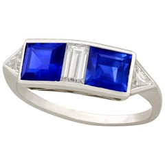 Vintage French 1980s 1.90 Carat Sapphire and Diamond White Gold Cocktail Ring