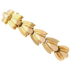 Vintage French Art Deco 1940s Yellow Gold Bracelet
