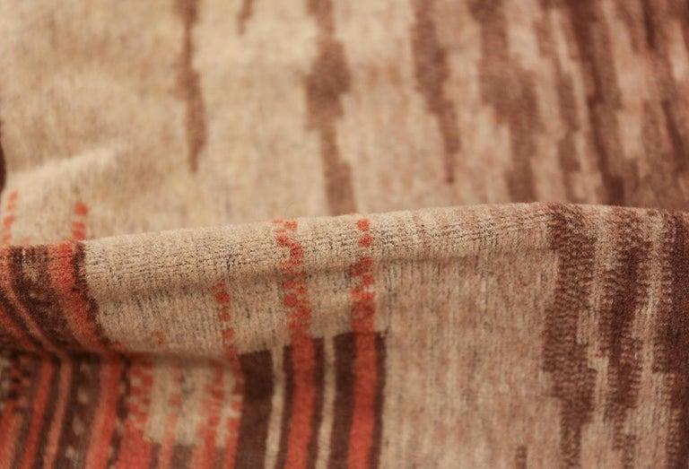 20th Century Vintage French Art Deco Carpet. Size: 5 ft x 9 ft (1.52 m x 2.74 m) For Sale