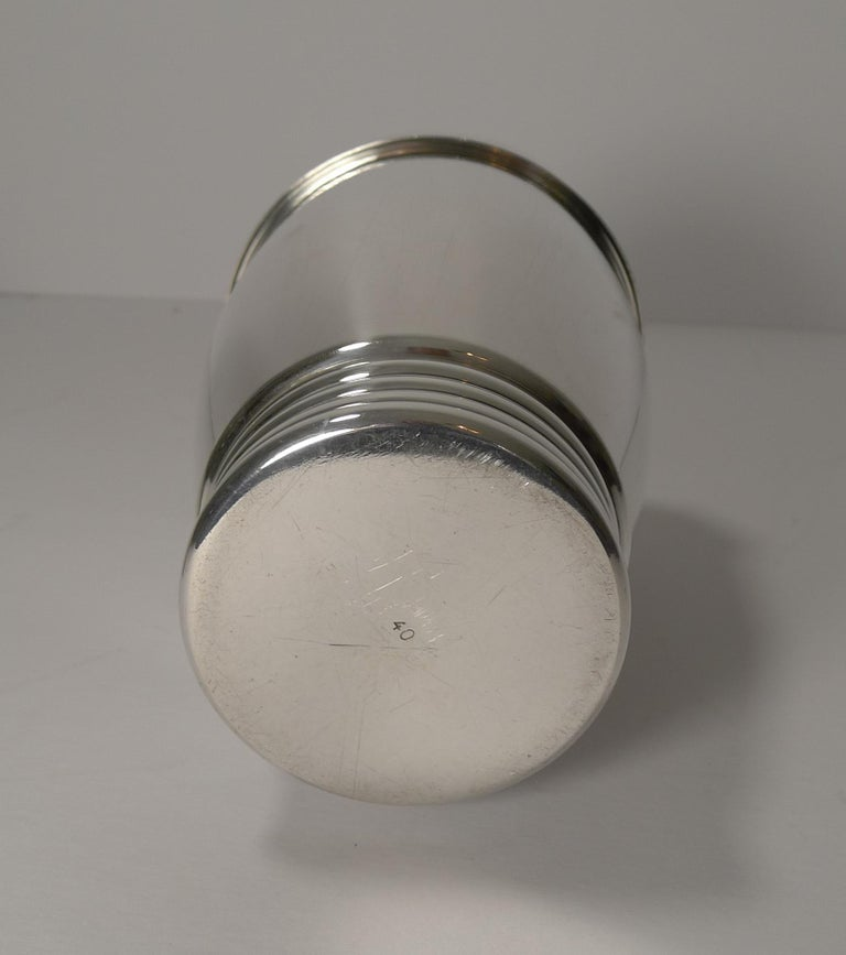 Vintage French Art Deco Silver Plated Cocktail Shaker, circa 1930 For Sale 2