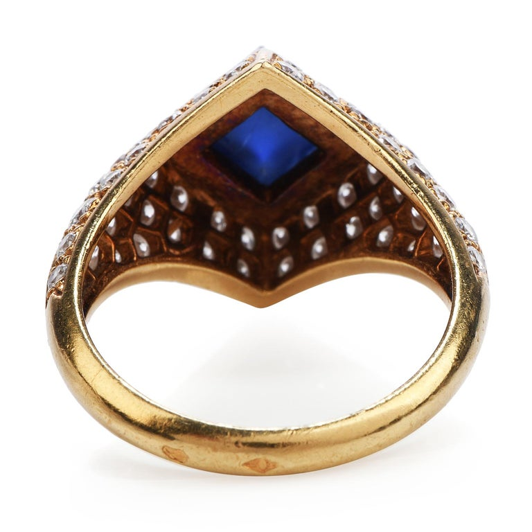Sugarloaf Cabochon Vintage French Certified Burma Natural No-Heat Sapphire Diamond Ring For Sale