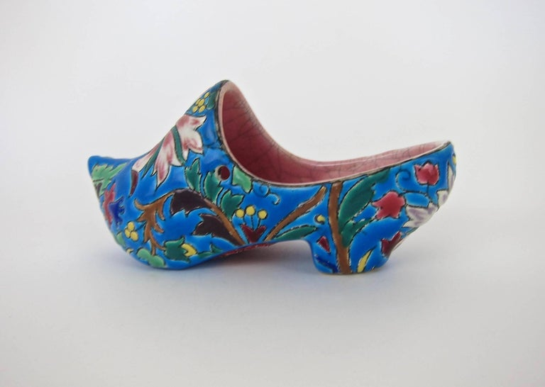 Vintage French Emaux de Longwy Wall Pocket Shoe WWII Souvenir or Gift 2