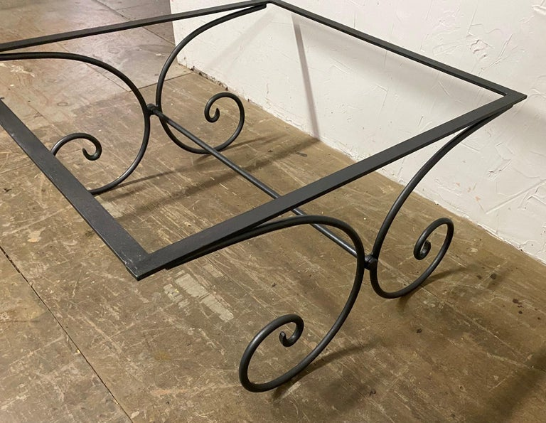 Vintage French Garden Coffee Table In Good Condition For Sale In Great Barrington, MA
