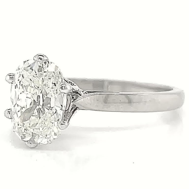 Women's Vintage French GIA 1.54 Carat Antique Cushion Cut Diamond Gold Engagement Ring For Sale