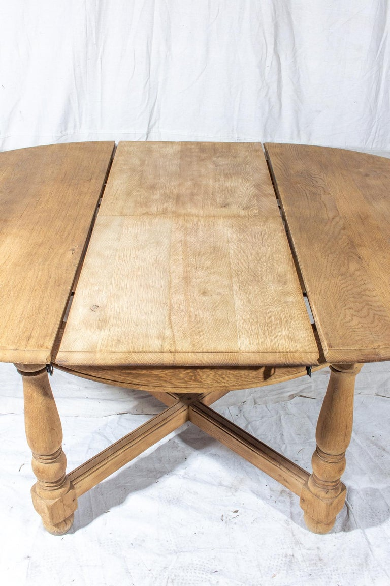 Vintage French Oak Butterfly Leaf Table For Sale 7