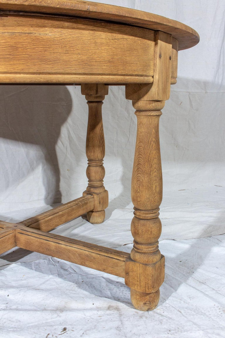 Vintage French Oak Butterfly Leaf Table For Sale 1