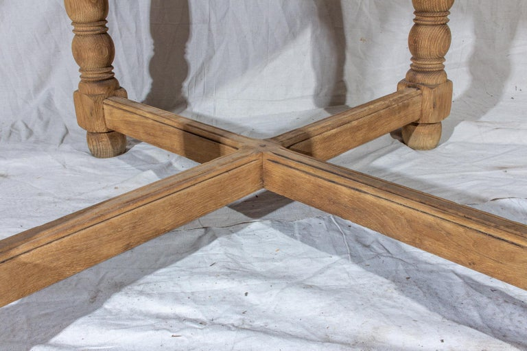 Vintage French Oak Butterfly Leaf Table For Sale 3