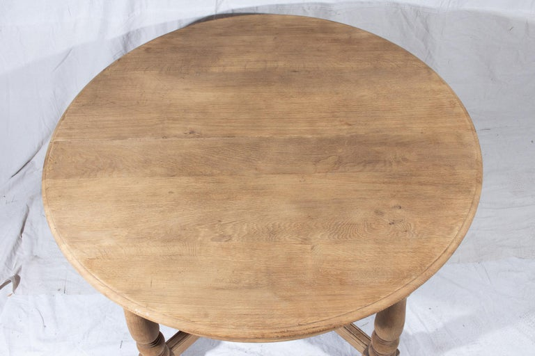 Vintage French Oak Butterfly Leaf Table For Sale 4
