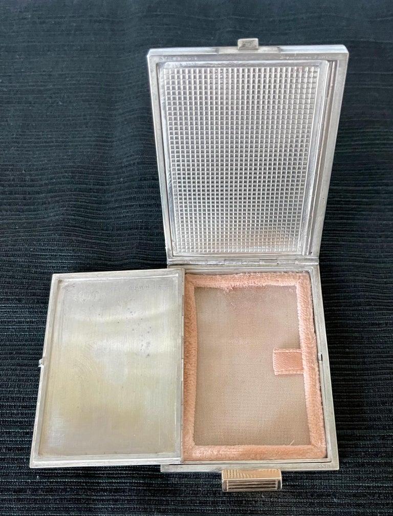 Vintage French Silver Compact Case by Boucheron, Paris For Sale 5