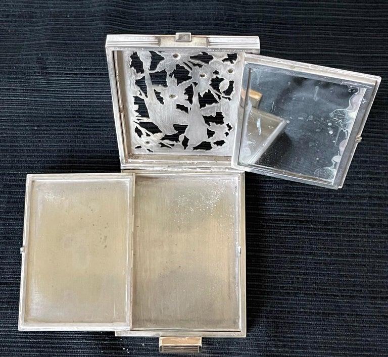 Vintage French Silver Compact Case by Boucheron, Paris For Sale 7