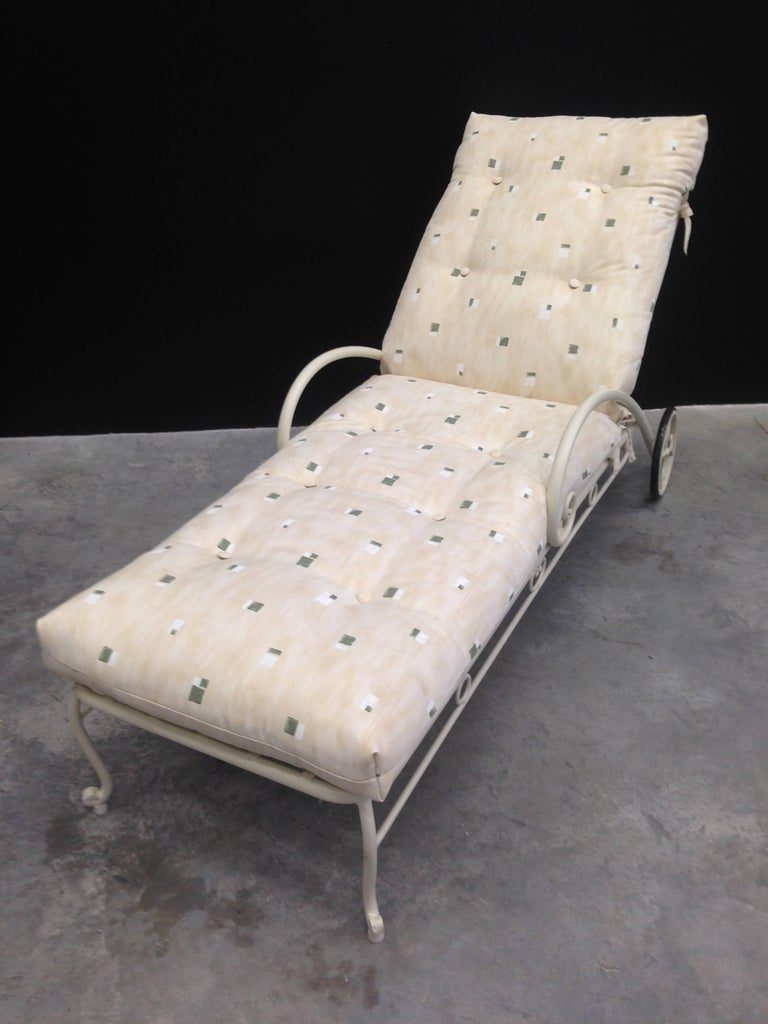 Vintage French Style Wrought Iron Chaise Longue With