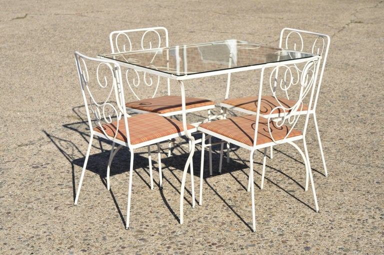 Vintage French Victorian Wrought Iron Flower Garden Patio Dining Set, 5pc Set For Sale 6