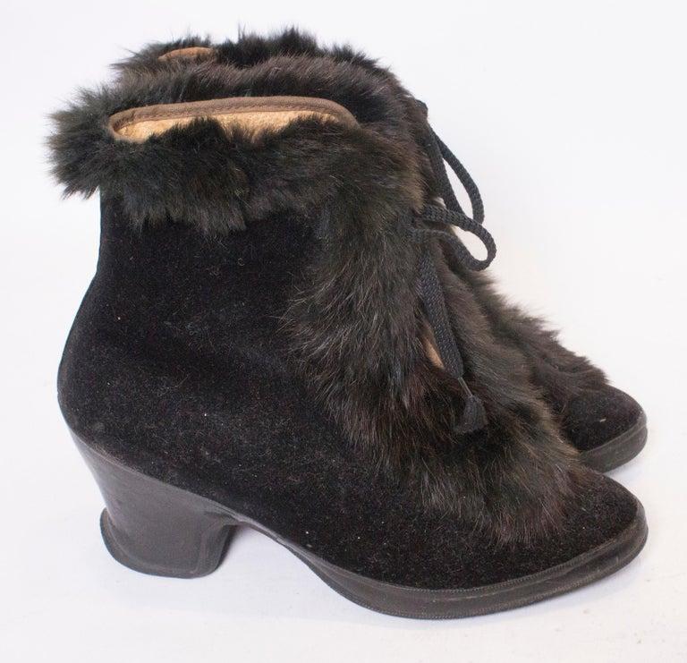 Women's Vintage Fur Trimmed Galoshes Over Shoes.  For Sale