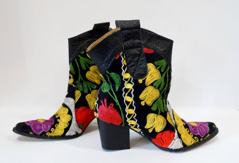 Galeri Cengiz Floral Embroidered Cowboy Booties  For Sale 5