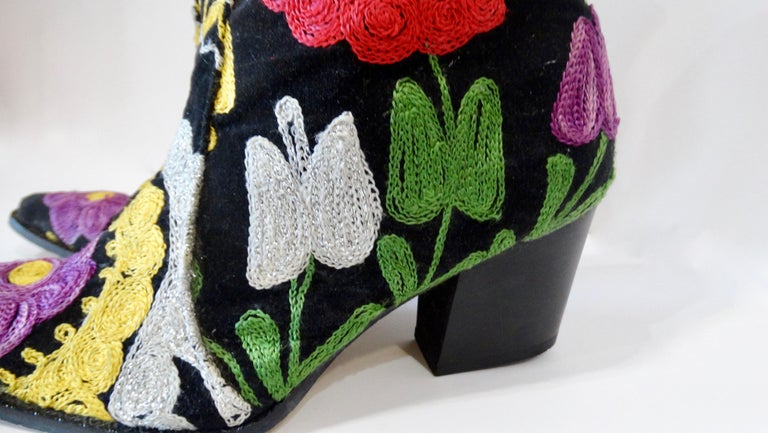 Galeri Cengiz Floral Embroidered Cowboy Booties  For Sale 4
