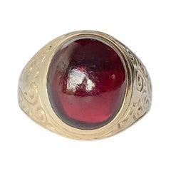 Vintage Garnet and 9 Carat Gold Signet Ring