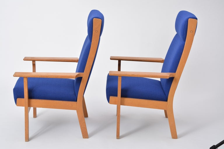 Vintage Ge 181 a Lounge Chairs by Hans Wegner for GETAMA, Set of Two For Sale 5