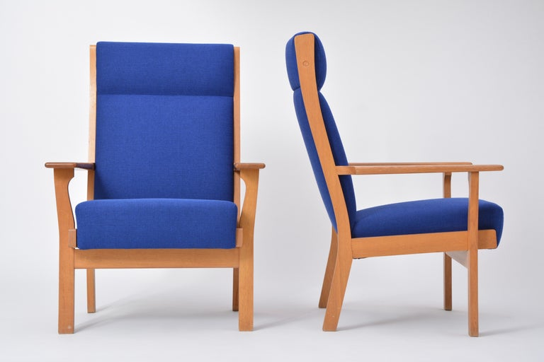 20th Century Vintage Ge 181 a Lounge Chairs by Hans Wegner for GETAMA, Set of Two For Sale