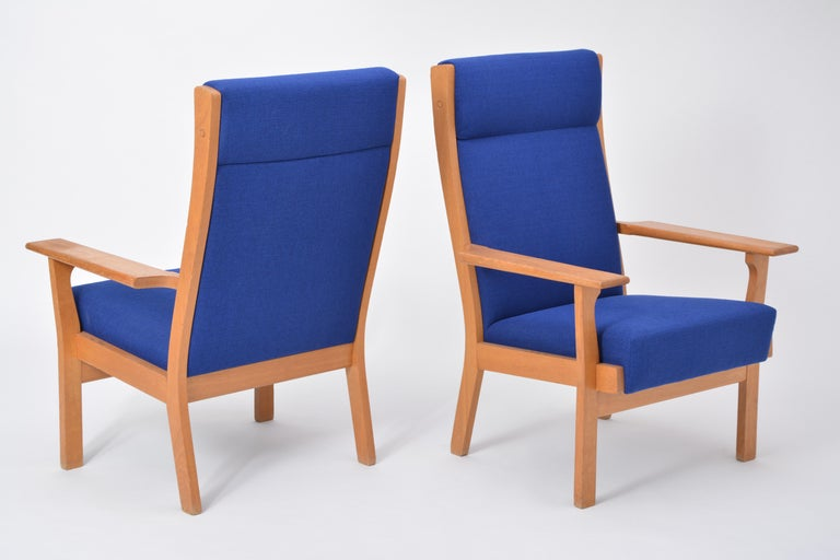 Vintage Ge 181 a Lounge Chairs by Hans Wegner for GETAMA, Set of Two For Sale 2