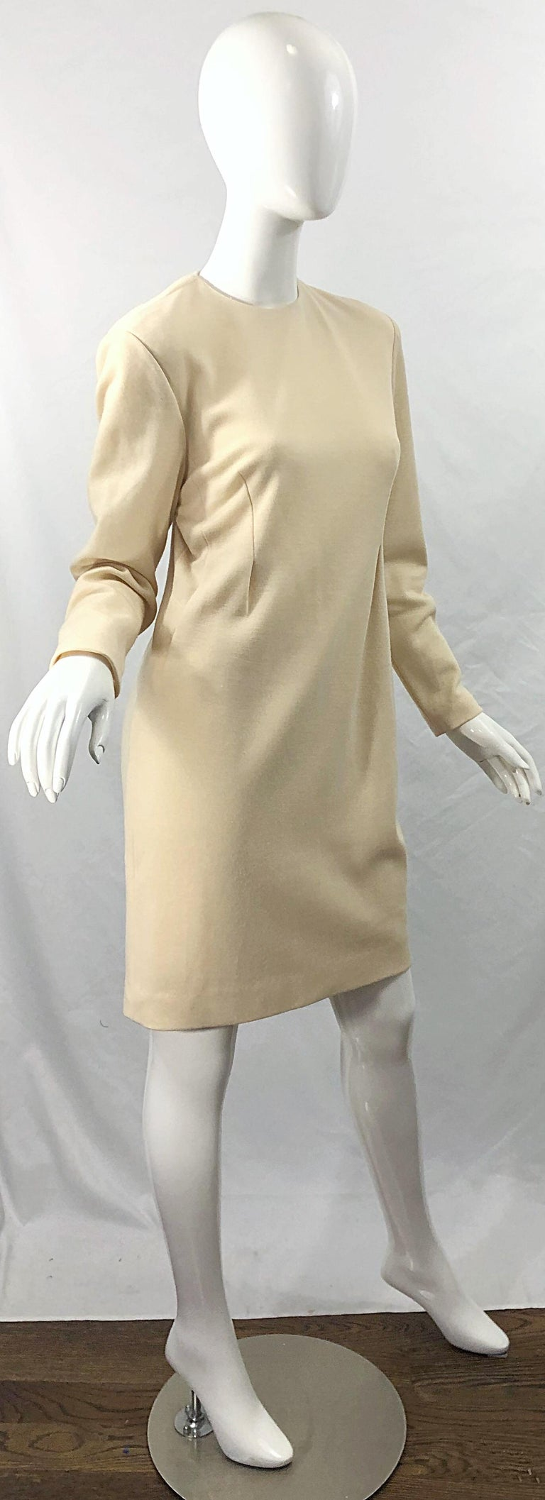 Vintage Geoffrey Beene for Bergdorf Goodman Size 10 Ivory Off White Wool Dress For Sale 7