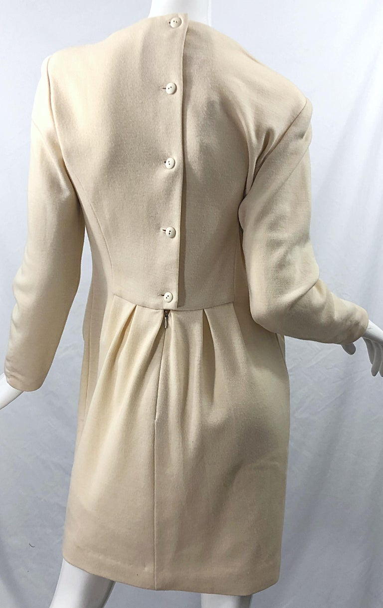 Vintage Geoffrey Beene for Bergdorf Goodman Size 10 Ivory Off White Wool Dress For Sale 8