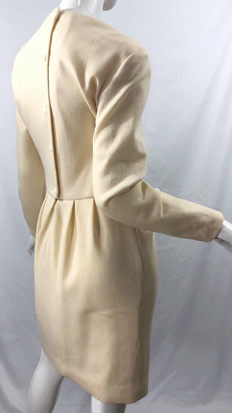 Women's Vintage Geoffrey Beene for Bergdorf Goodman Size 10 Ivory Off White Wool Dress For Sale