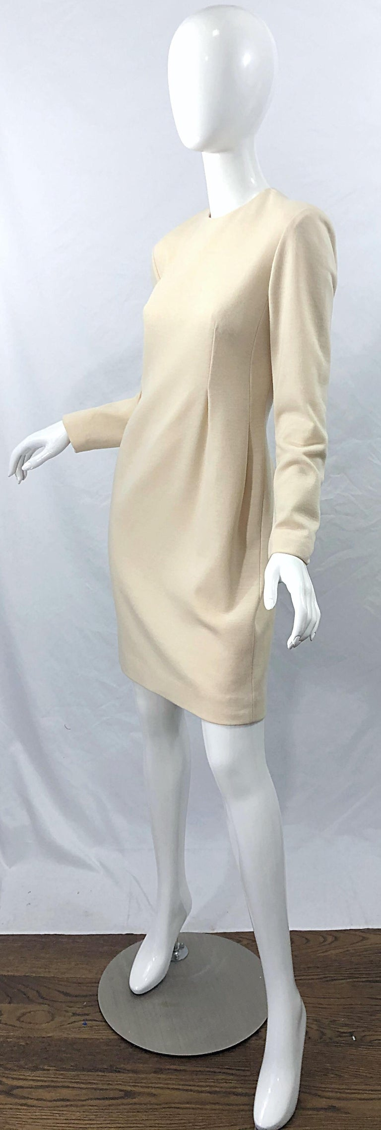 Vintage Geoffrey Beene for Bergdorf Goodman Size 10 Ivory Off White Wool Dress For Sale 1