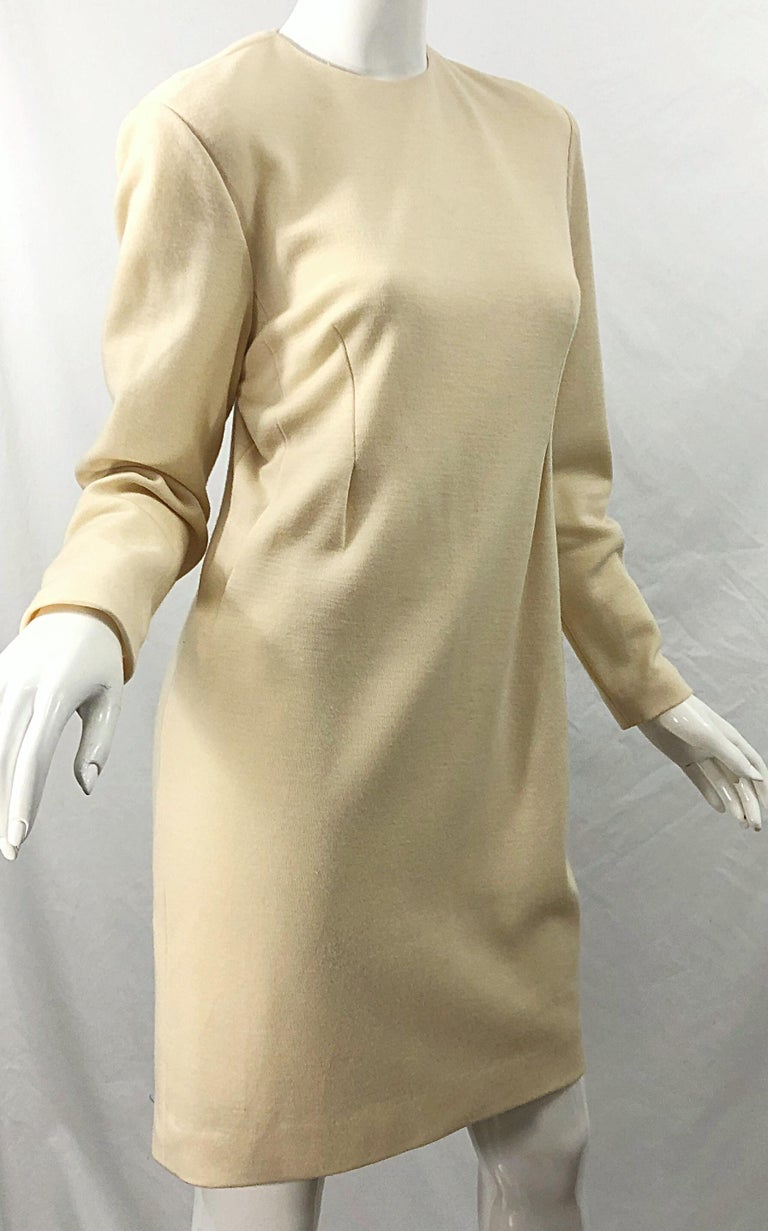 Vintage Geoffrey Beene for Bergdorf Goodman Size 10 Ivory Off White Wool Dress For Sale 4