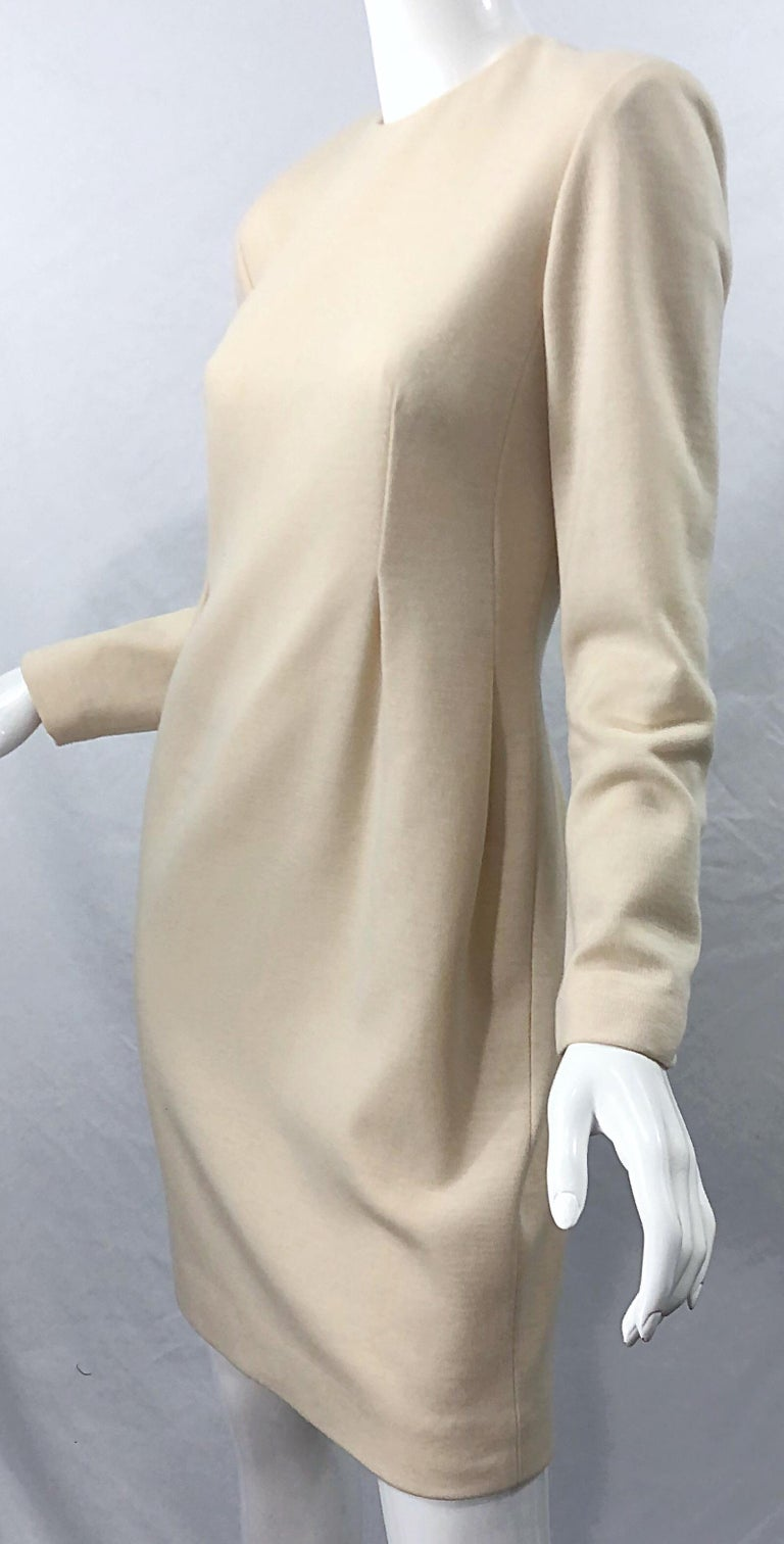 Vintage Geoffrey Beene for Bergdorf Goodman Size 10 Ivory Off White Wool Dress For Sale 5