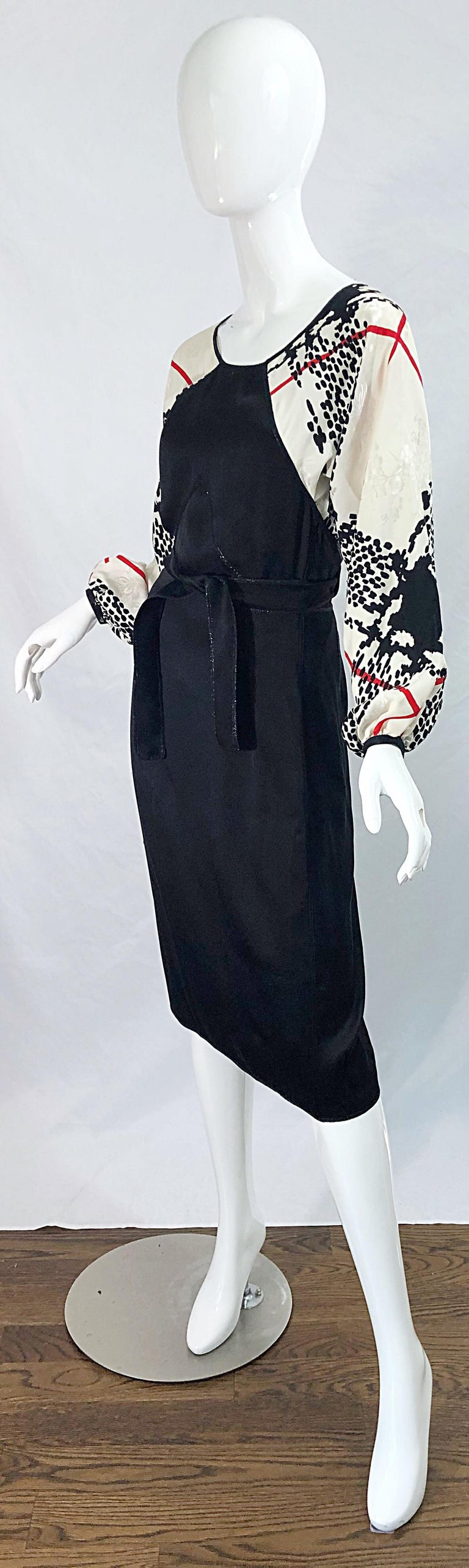 Vintage Geoffrey Beene Size 6 Houndstooth Black + White + Red Silk 80s Dress For Sale 2
