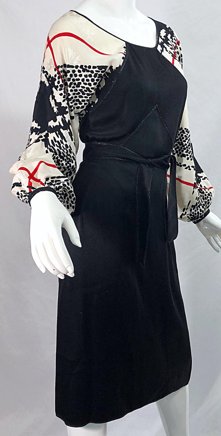 Vintage Geoffrey Beene Size 6 Houndstooth Black + White + Red Silk 80s Dress For Sale 3