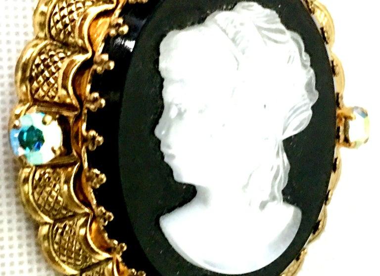 Vintage German Gold Filigree Carved Glass Cameo & Austrian Crystal Brooch For Sale 3