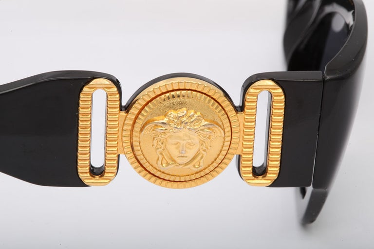 Vintage Gianni Versace Sunglasses Mod 413/A For Sale 3