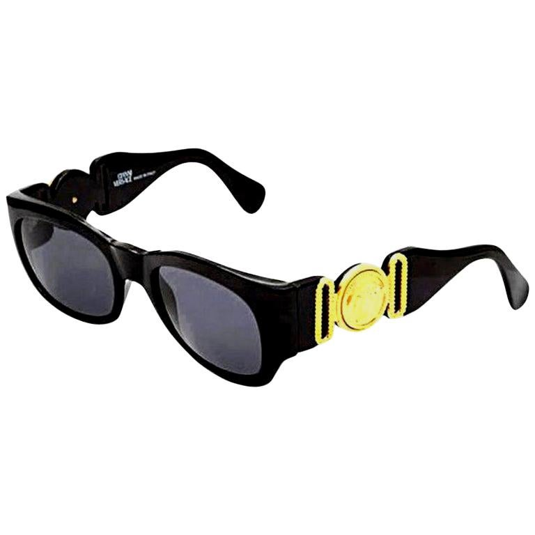 Vintage Gianni Versace Sunglasses Mod 413/A For Sale