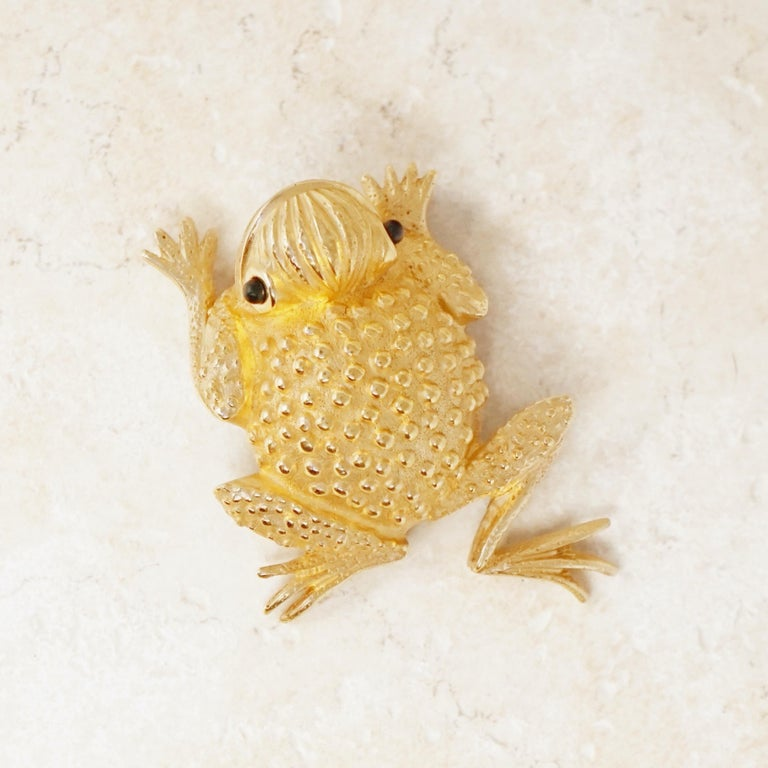 Vintage Gilded Frog Figural Brooch by Erwin Pearl, 1990s For Sale 5