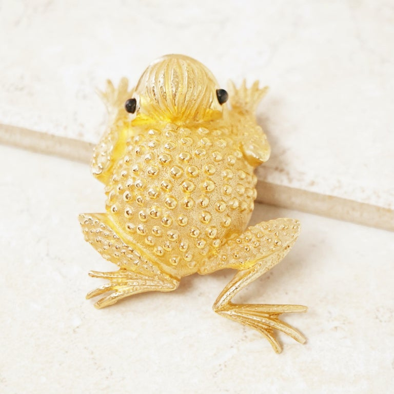 Vintage Gilded Frog Figural Brooch by Erwin Pearl, 1990s For Sale 3