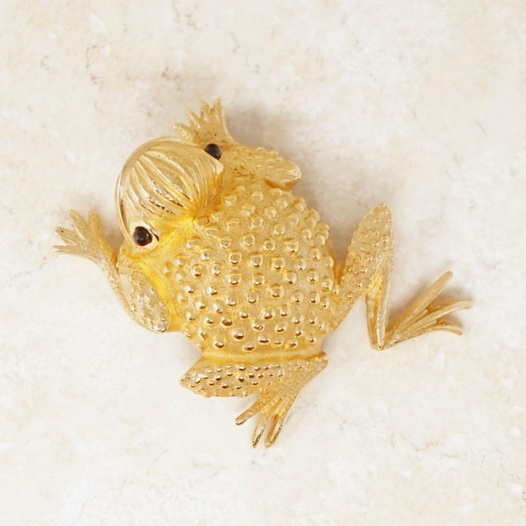 Vintage Gilded Frog Figural Brooch by Erwin Pearl, 1990s For Sale 4