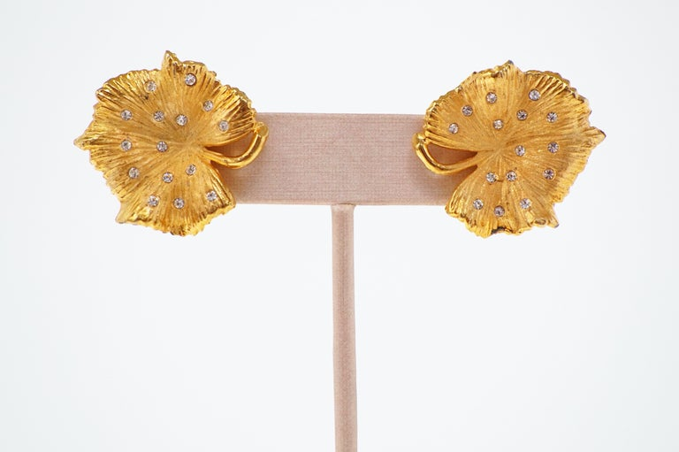 Vintage Gilded Leaf Earrings with Crystal Accents by Claudette, circa 1950s For Sale 3