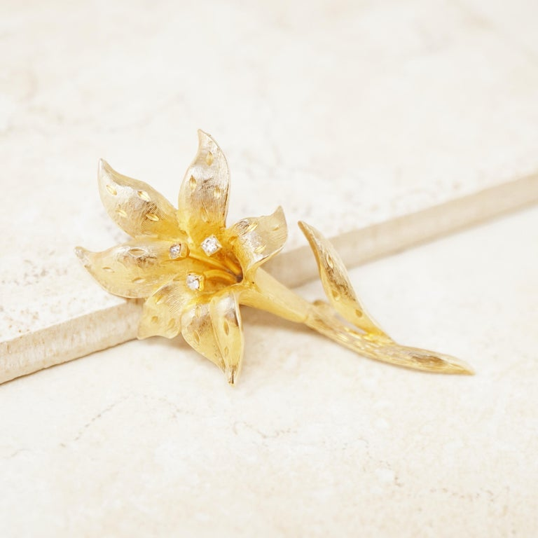 Women's Vintage Gilded Lily Flower Figural Brooch with Crystals by Erwin Pearl, 1990s For Sale