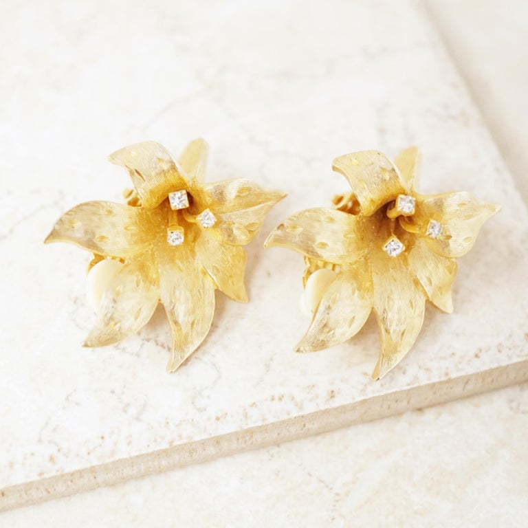 Vintage Gilded Lily Flower Figural Earrings With Crystals by Erwin Pearl, 1990s For Sale 1