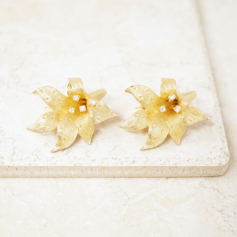 Vintage Gilded Lily Flower Figural Earrings With Crystals by Erwin Pearl, 1990s For Sale 3