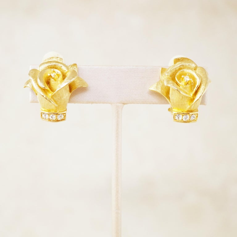 Vintage Gilded Rosebud Figural Earrings with Crystals by Erwin Pearl, 1990s In Excellent Condition In Los Angeles, CA