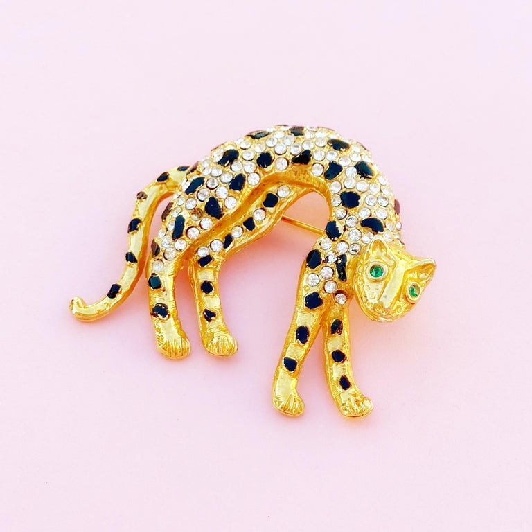 Vintage Gilt & Crystal Rhinestone Panther Figural Brooch, 1980s In Excellent Condition For Sale In Los Angeles, CA