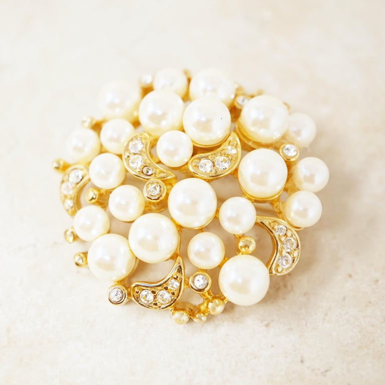 Modern Vintage Gilt Pearl Cluster Brooch with Crystal Rhinestones by Erwin Pearl, 1980s For Sale