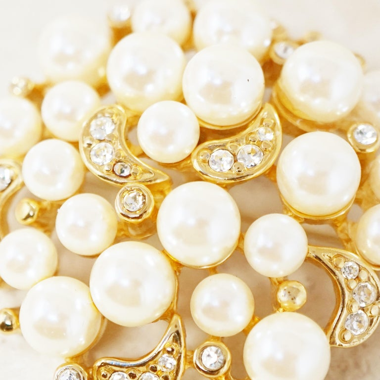 Women's Vintage Gilt Pearl Cluster Brooch with Crystal Rhinestones by Erwin Pearl, 1980s For Sale
